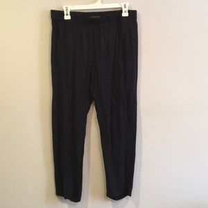 Theory Pinstriped Pull on Pant Size M